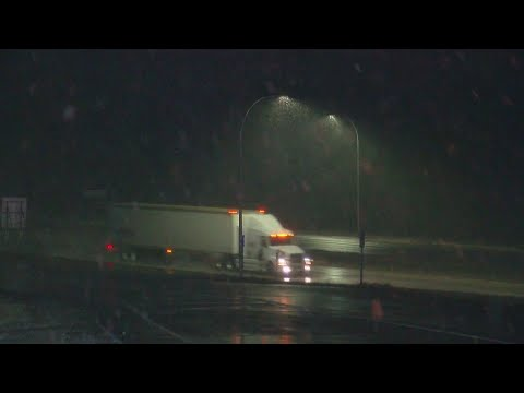 Drivers Prep For Tricky Road Conditions As Winter Storm Hits Minnesota