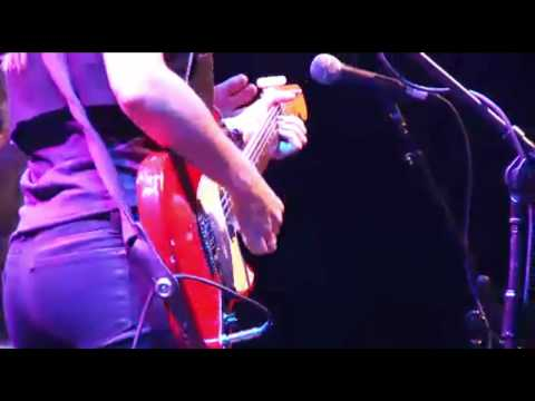 """Liz Phair- """"Fuck and Run"""" Live at Matador 21"""