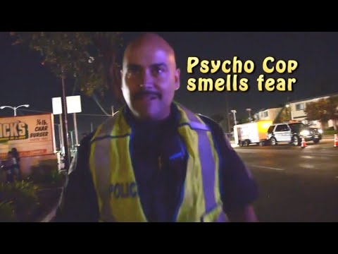 Psycho Cop Smells Fear - Responsible Citizens Stand Up