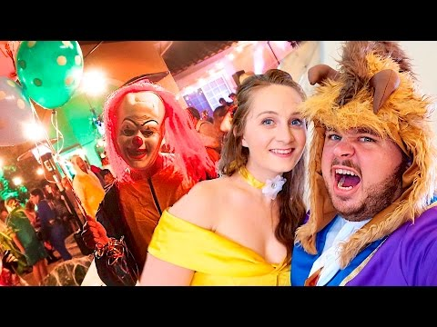 CRAZY CLOWNS CRASH HALLOWEEN PARTY!