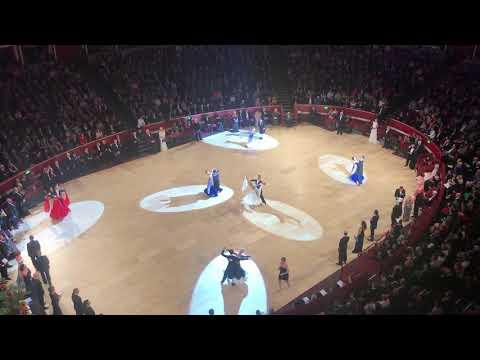 International Championships 2017 prof ballroom viennes waltz