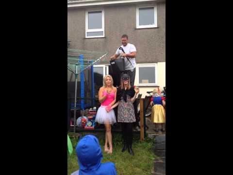 Kerry & Liannes Ice Bucket Challenge!