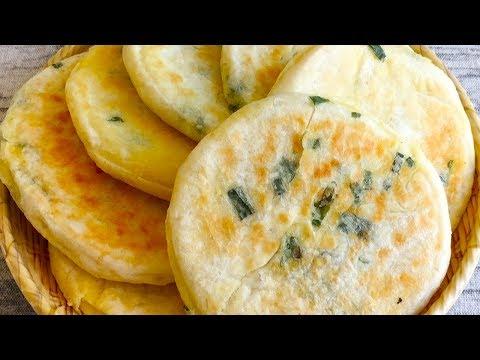 一碗面粉一把葱花,筷子简单搅一搅,做出葱香发面饼比面包还松软 【三丰美食】