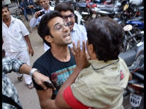 Pulkit Samrat & his lawyer attack photographer