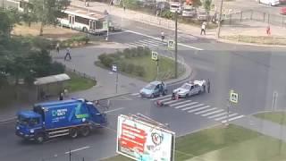 Жёстко сбили велосипедиста на Хошимина 11.08.2018