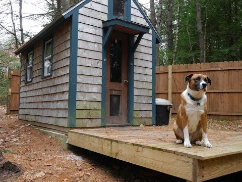 how to build a tiny cabin in the woods