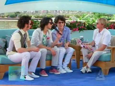 Jonas Brothers on Ellen (High Quality/full) - Part 1