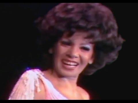 Shirley Bassey - Never Never Never (Grande Grande Grande) (1976 Live in Melbourne - Song 8)