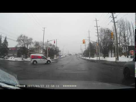 Ottawa Bad Drivers - Canada Post van runs red light