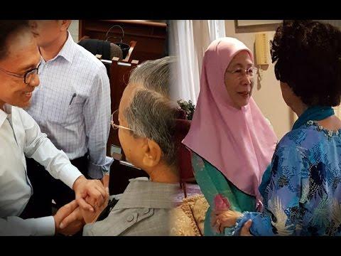 Pleasant, tearful meeting between Siti Hasmah and Wan Azizah