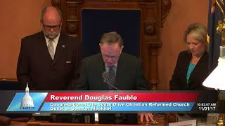 Sen. Meekhof welcomes Rev. Fauble to the Michigan Senate to deliver the invocation