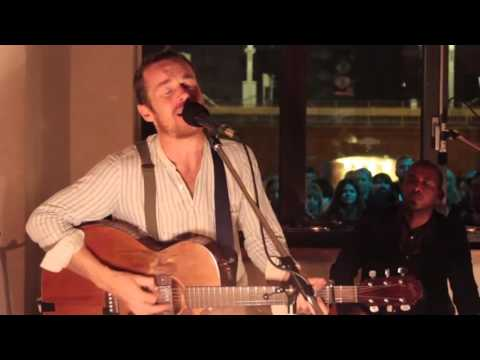 Damien Rice & Earl Harvin - I Remember (Live at Michelberger Lobby 2014)