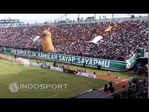 Koreografi 4D Suporter PSS Sleman di Pembukaan Piala Presiden 2017!
