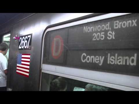 IND Sixth Ave. Line: Bronx-bound R68 D Express Train@34th Street/Herald Square