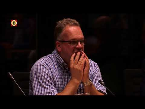 'Oss rouwt en huilt', minuut stilte bij gemeenteraadsvergadering