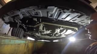 видео Замена масляного фильтра в Мазде 3
