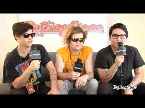 Wavves Chat about writing a song for Dave Grohl - YouTube