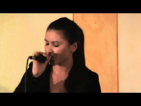"Marta Cataraga ""Unfaithful""-2°Ediz.""Concorso per Due"" di Predore--Sez.Karaoke-18/10/12"