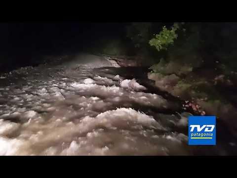 LLuvias afectan tramo de ruta CH 235 entre Lago Yelcho y Puerto Ramírez.