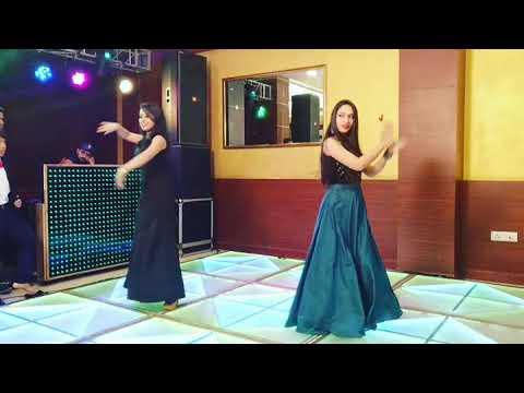 Dance Performance - Fashion Guru Randhawa