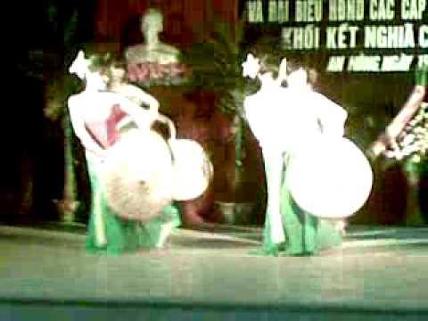 Múa những cô gái Việt Nam - An Hồng.mp4