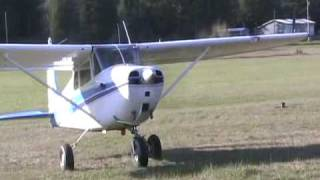 Biggles Field STOL Cessna 172 & Stinson 108 March 2010.flv