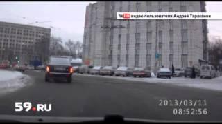 Новости Перми: автобус против травмая(, 2013-04-03T11:45:57.000Z)