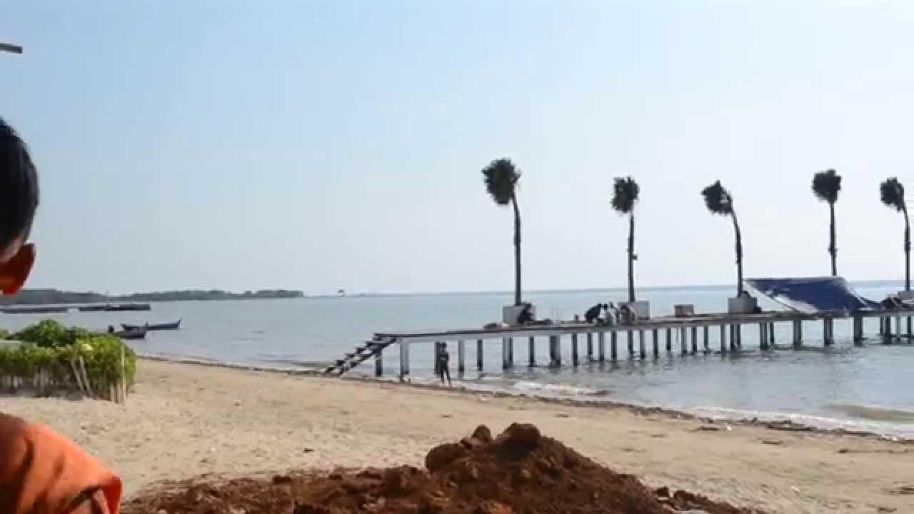 Eksotisme Pantai Teluk Awur Jepara
