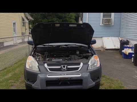 2002 Honda CR-V: Open Car Hood Quick Tip