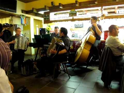 Uf Em Stoos Ob Schwyz Cäcilia Schmidig, Quartett Waschächt