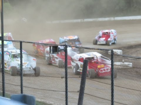 Modifed Twin 20 Lap Main Event - Albany Saratoga Speedway July 29, 2016