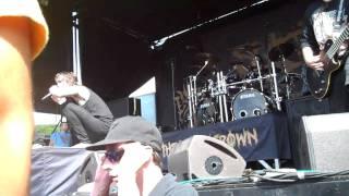 Suicide Silence- Fuck Everything live @ Mayhem Fest 2011 ( PNC Homedel NJ)