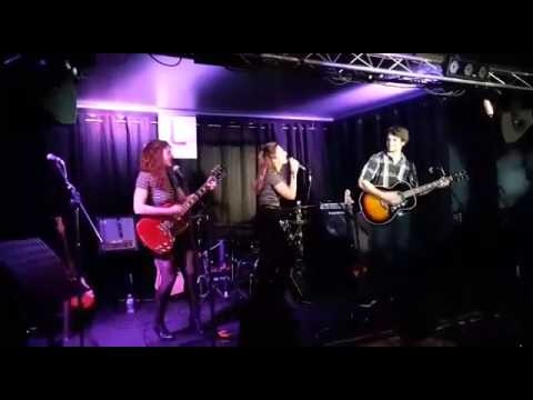 The Way You Make me Feel Cover by Les Soeurs Costes