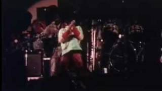 Bob Marley One Love Concert 1978 - Jammin [real lightning strike as Bob speaks to Jah.]