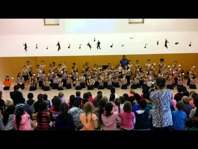 Deanwell School Kapahaka Performance