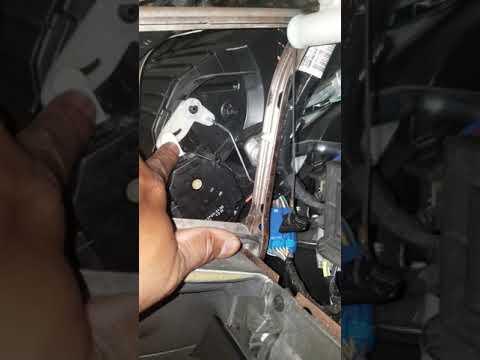 2012 ford edge a/c blowing heat blend door temp fix