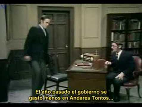Monty Python's Flying Circus - Ministry of silly walks