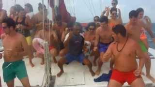 Baile en catamarán Isla mujeres Riviera Maya 2013