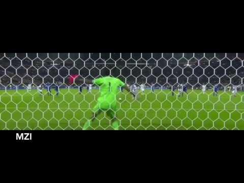 Gianluigi Buffon vs Olympique Lyon (Best GoalKeeper )