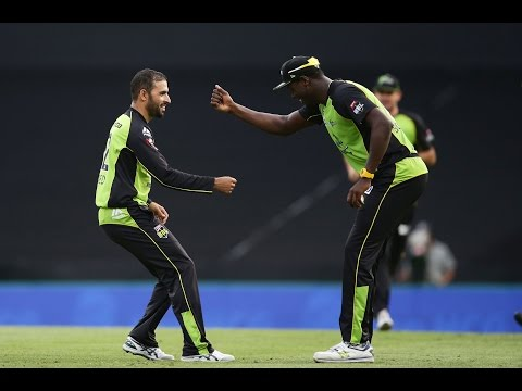 Fawad and Brathwaite dab - with a twist!