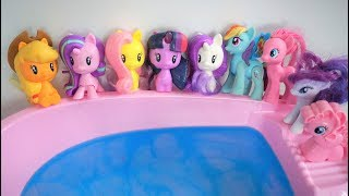 10 Pony Baby Jumping on the Bed Water Pool - Nursery Rhymes for Babies Kid