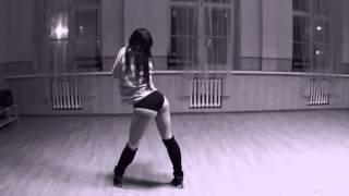 Супер танец от очень красивой девушки