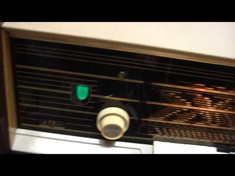 ITEM 349 PHILIPS B4X02A真空電子管收音機  珍正古董收音機