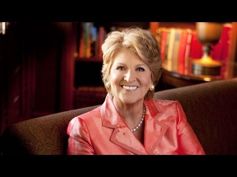 A Chat with Fannie Flagg | Hangout with the author of The All-Girl Filling Station's Last Reunion