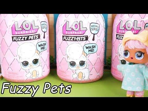 LOL Surprise Dolls Babysit Fuzzy Pets in Barbie Babysitter Goldie House