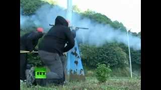 España: mineros se enfrentan a la policía con misiles de fabricación casera