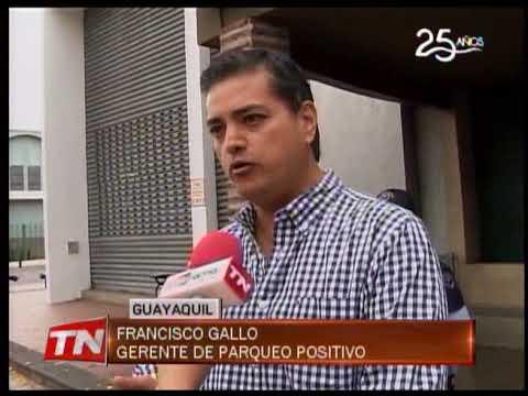 Instalan nuevos parquímetros en avenida Víctor Emilio Estrada