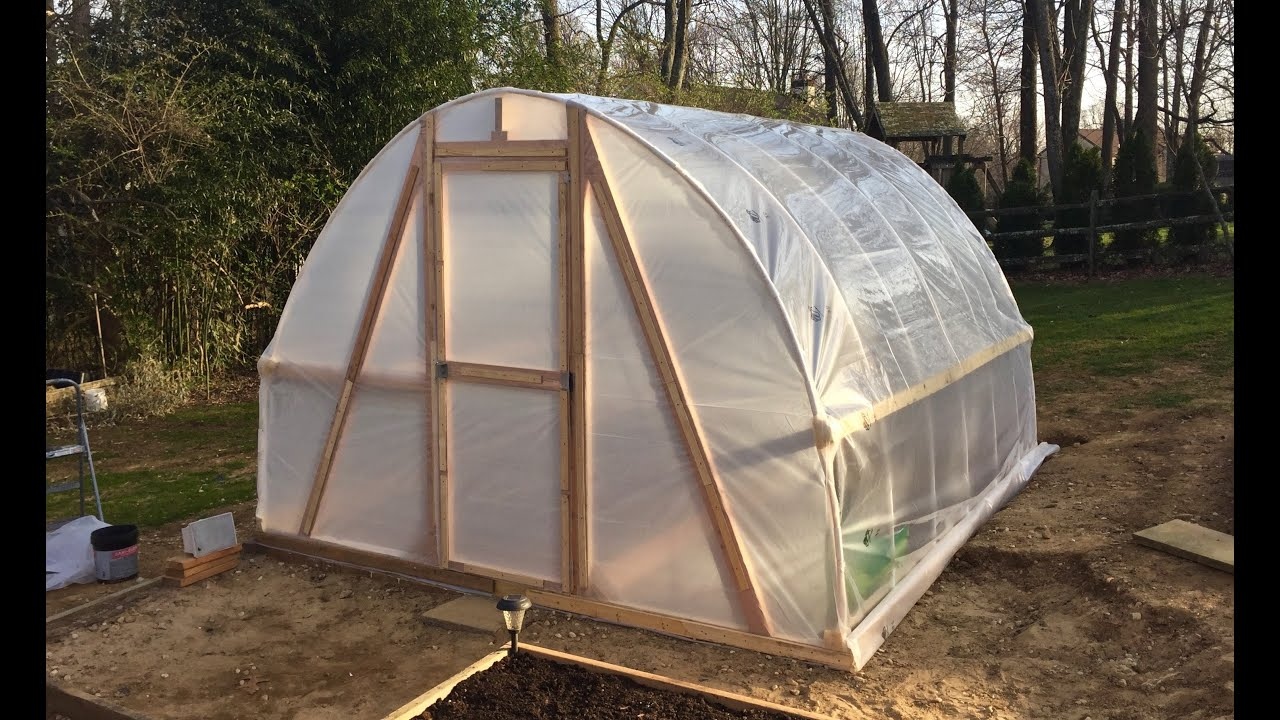 Diy greenhouse pvc hoop house polytunnel garden homemade for Homemade greenhouse plastic