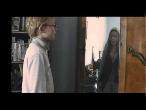 Très Court Métrage : Derrière le miroir [officiel]
