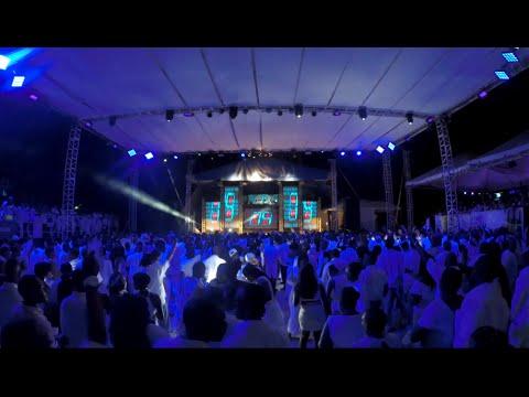 DJ Quixx live at the 2015 Caribbean Snow Storm (White Fete) (Antigua)